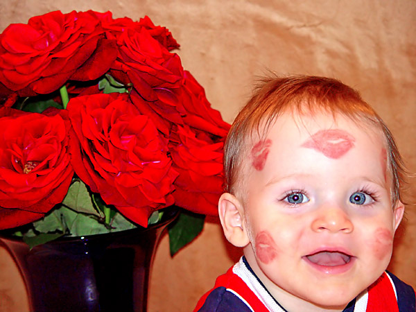 sweeet babies Valentine-baby-kisses-1a